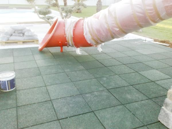 Pavimento In Gomma Per Bambini : Pavimento antitrauma cocconi claudio pavimentazioni sportive e